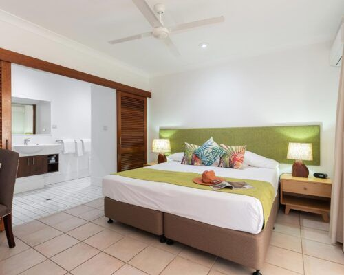 palm-cove-accommodation-2-bedroom (1)