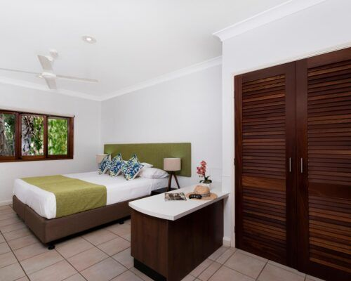 palm-cove-accommodation-2-bedroom-unit-23 (2)