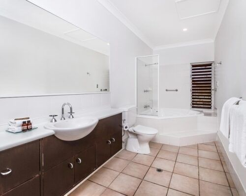 palm-cove-accommodation-2-bedroom-unit-23 (4)