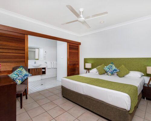 palm-cove-accommodation-2-bedroom-unit-23 (8)