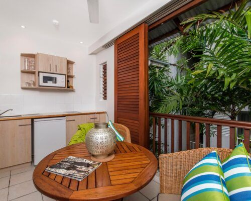 palm-cove-accommodation-spa-suite-unit-36 (5)