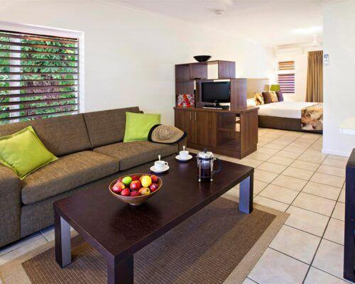 palm-cove-accommodation-studio-apartment (2)