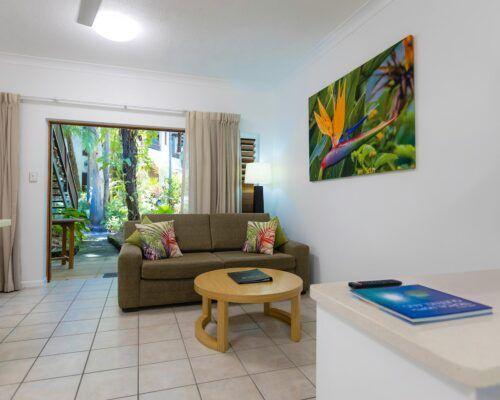 palm-cove-accommodation-studio-apartment (5)