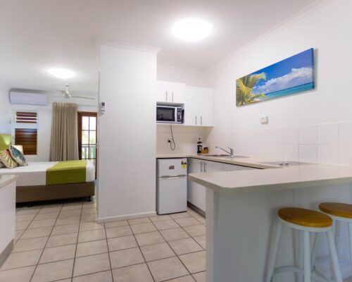 palm-cove-accommodation-studio-apartment (6)
