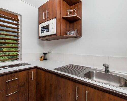 palm-cove-accommodation-studio-apartment-unit-21 (6)
