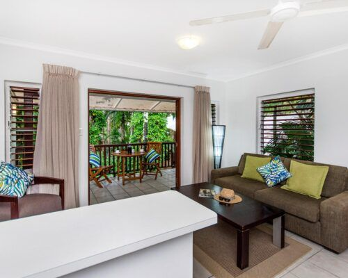 palm-cove-accommodation-studio-apartment-unit-6 (1)