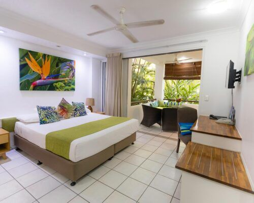 palm-cove-accommodation-superior-spa-suite (10)