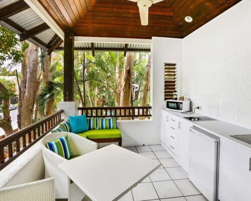 palm-cove-accommodation-superior-spa-suite-30 (7)