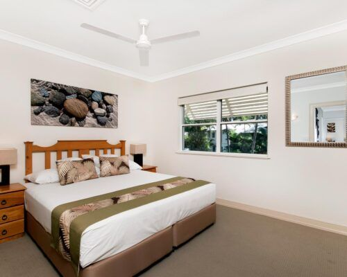 palm-cove-accommodation-town-house-(23)