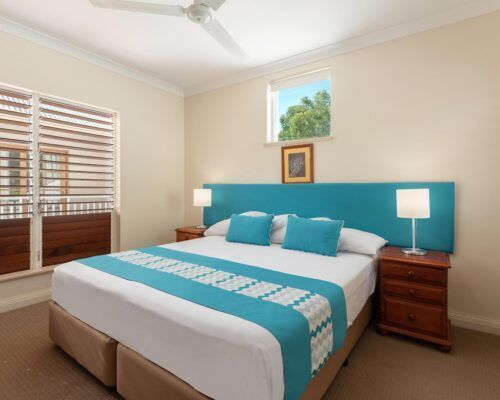 palm-cove-accommodation-town-house-(4)